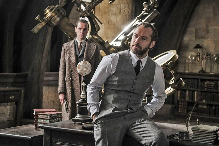 Is Dumbledore Teaching Defense Against The Dark Arts The