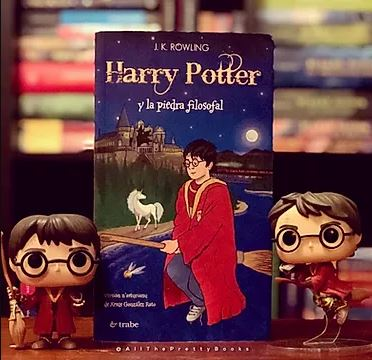Asturian translation of Harry Potter and the Philosopher's Stone